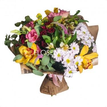 Букет из эустомы, орхидеи и альстромерии